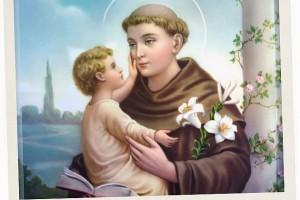 Oração a Santo António para atrair alguém que você já conhece